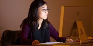 How To Choose the Best Online Colleges and Online Courses